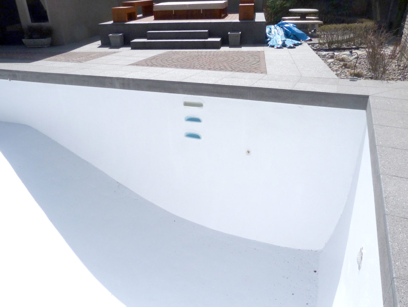 Swimming Pool, Hot Tub and Pool Deck Coatings