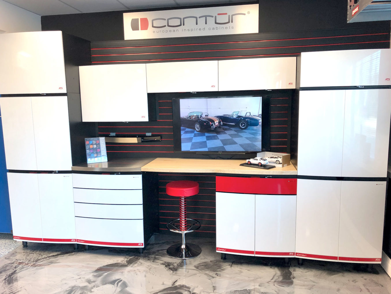 Contur Cabinets on Display